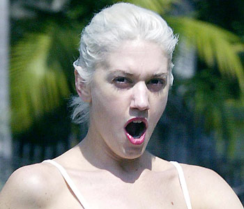 Gwen Stefani - Celebrities yawning