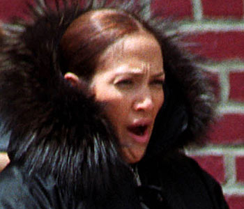 J-Lo - Celebrities yawning
